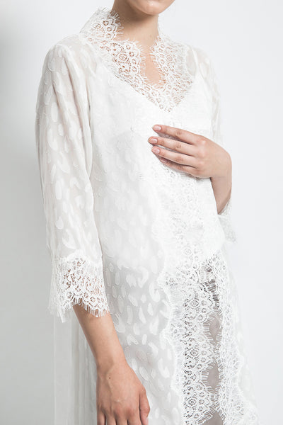 Adara Official Aleya Outer in White