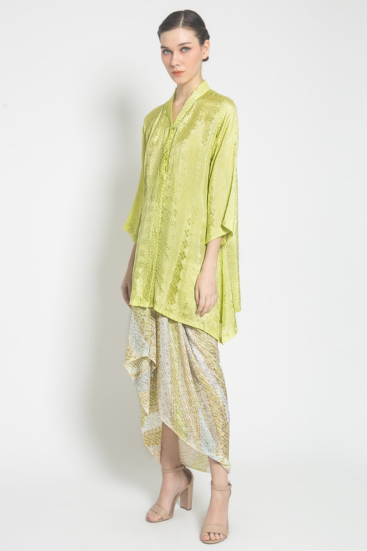 Liany Batik Set in Lime