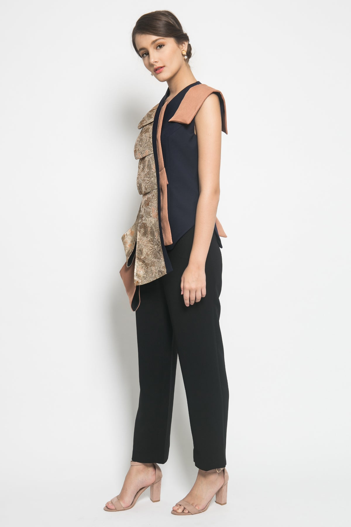 Bloom et Champs Gold Jacquard Lapel Top