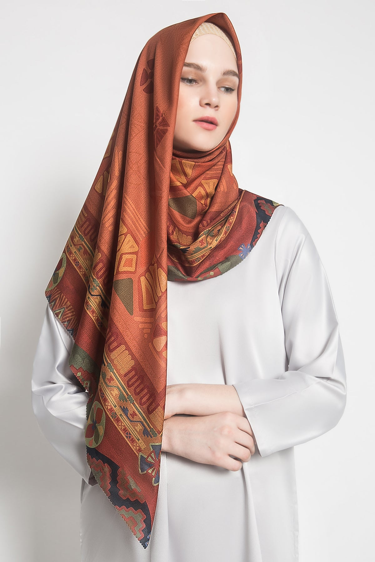 Ayse Scarf in Brick
