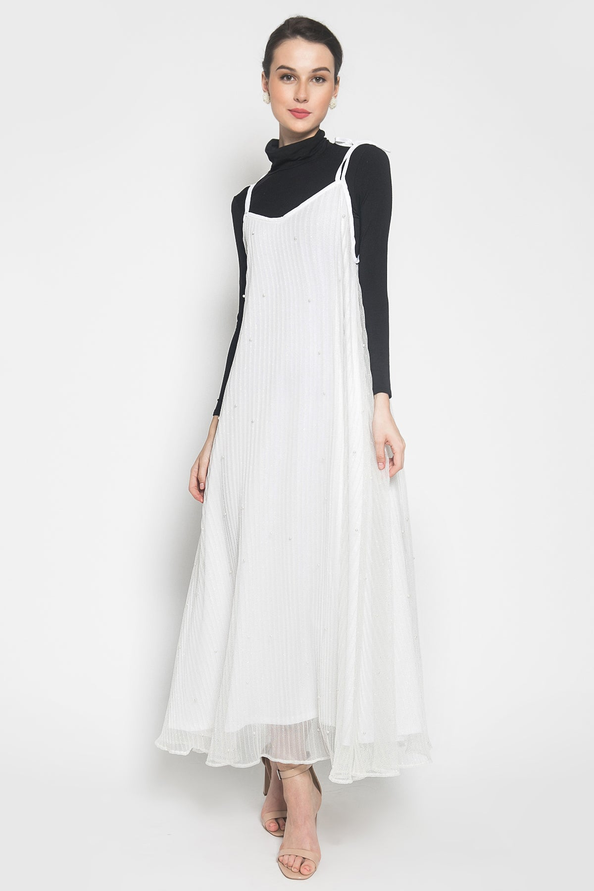 CHA the label Dazzling Pearl Dress in White