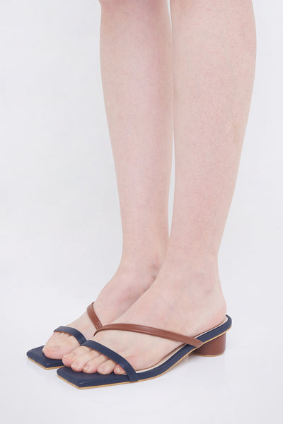 Francesca Shoes in Navy Brown