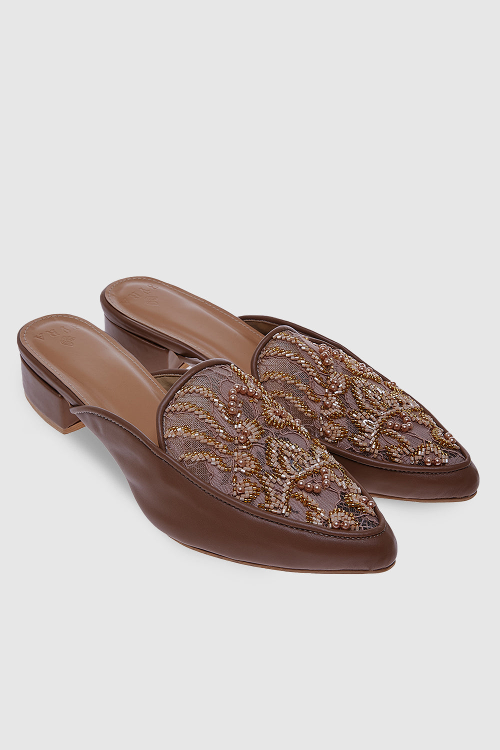 Grace Shoes in Mocca