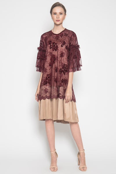 Shiwa Dress in Maroon