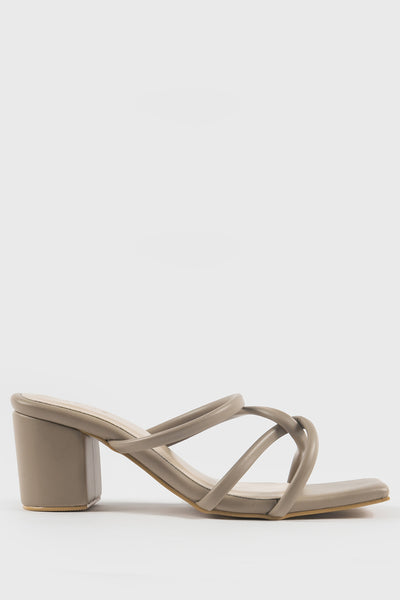 Esmé Jill Shoes in Cream