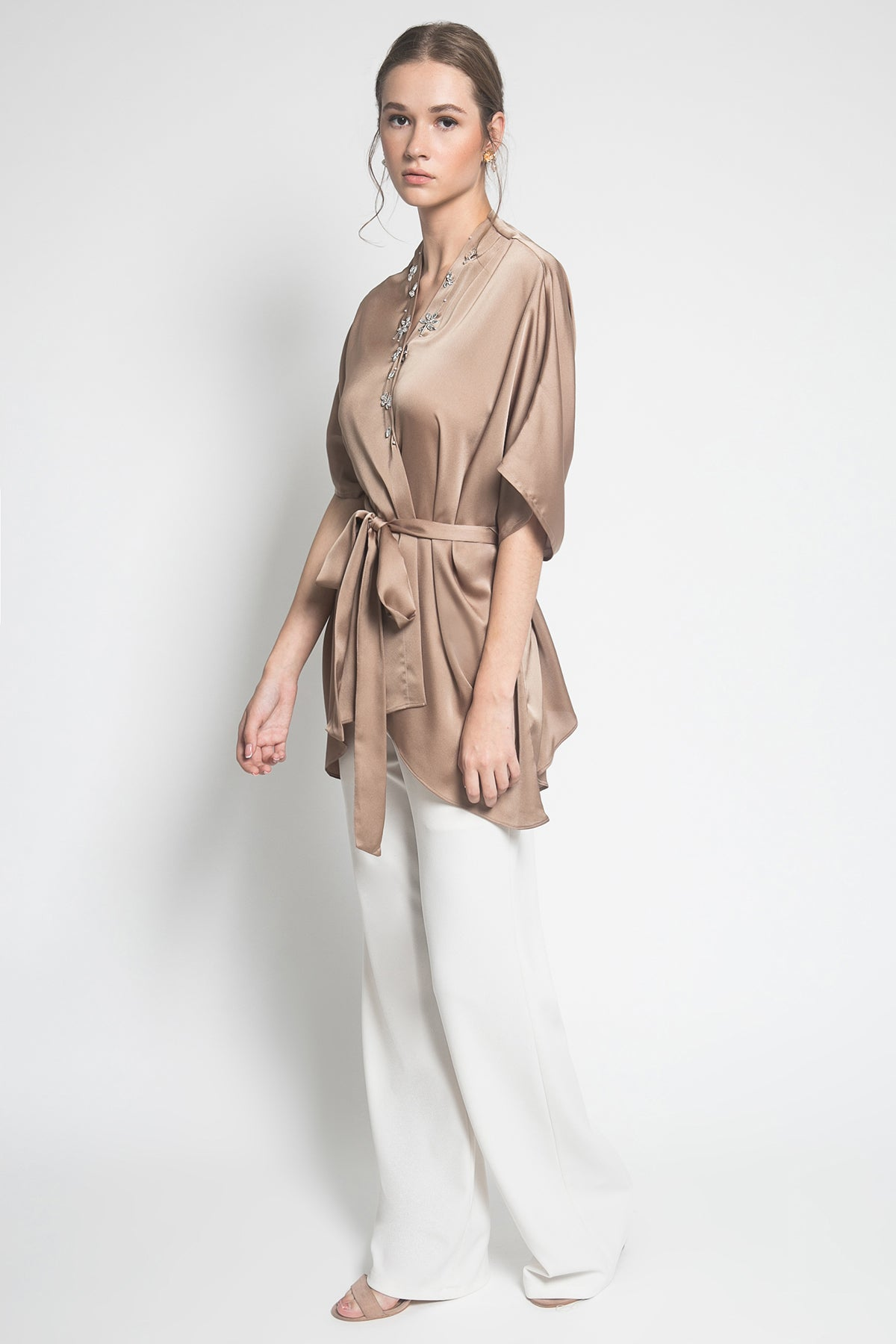 Embara Kalla Outer in Brown