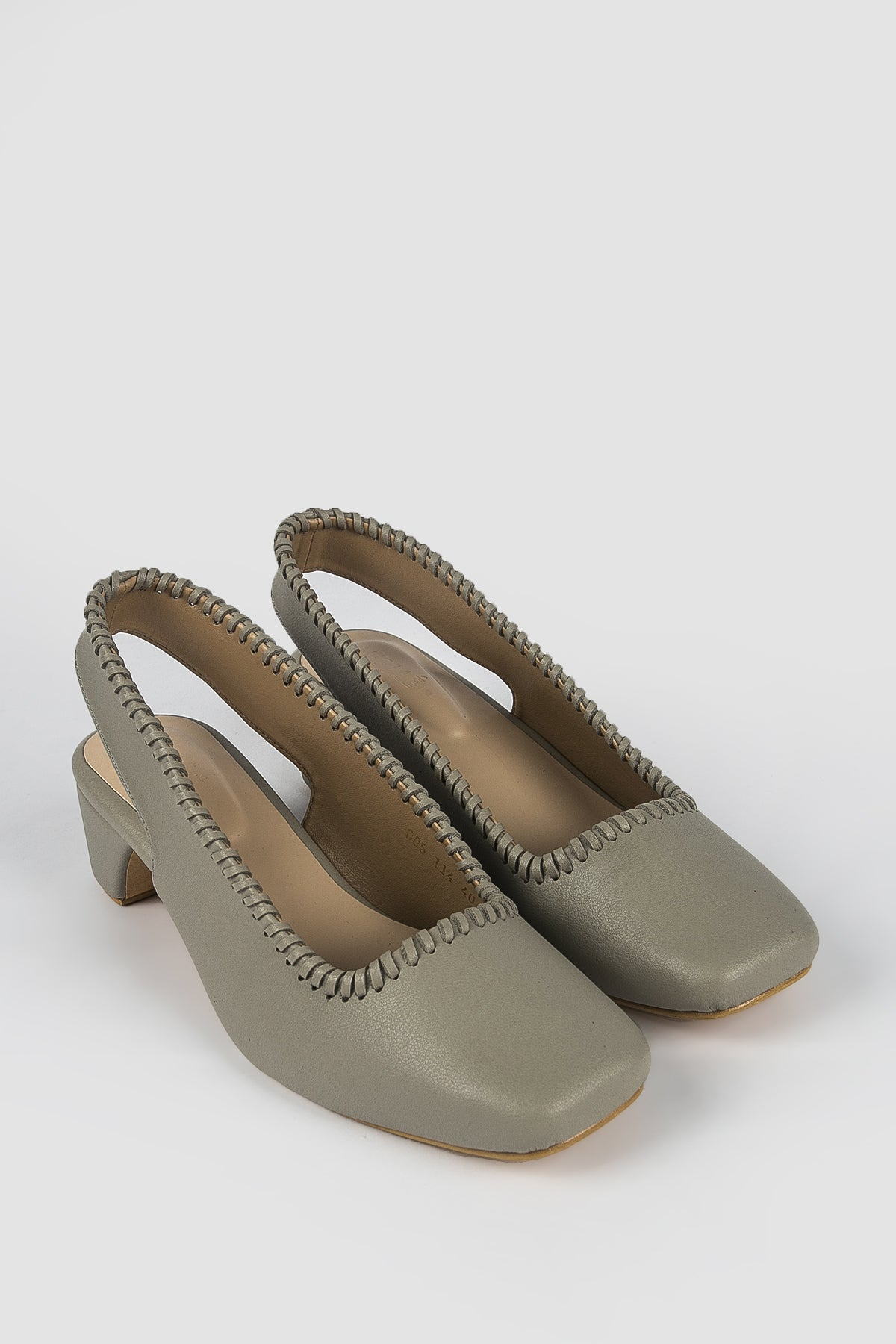 Esmé Gaia Shoes in Grey