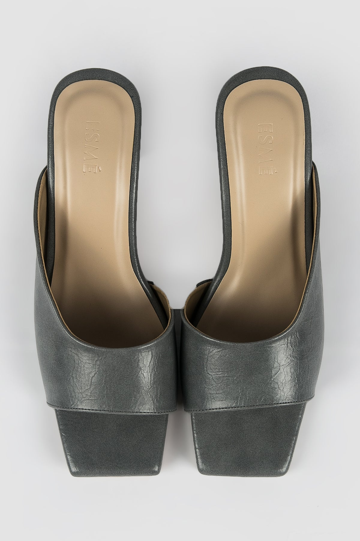 Esmé Joanne Shoes in Grey