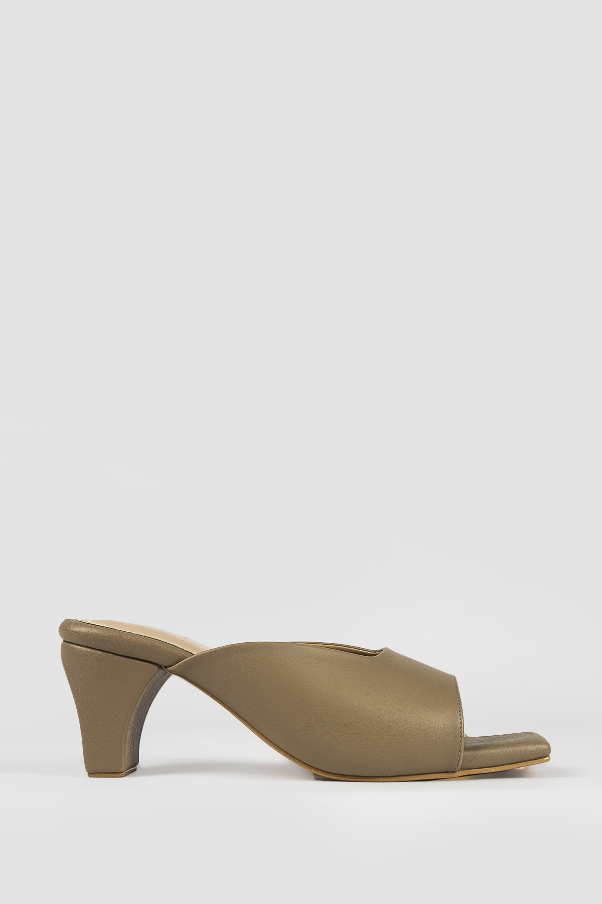 Jemima Shoes in Nude
