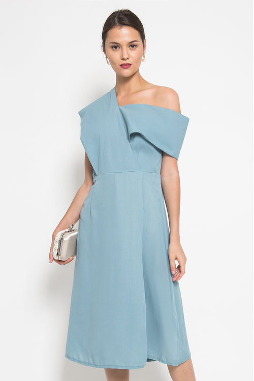 Kathe Dress In Cameo Blue