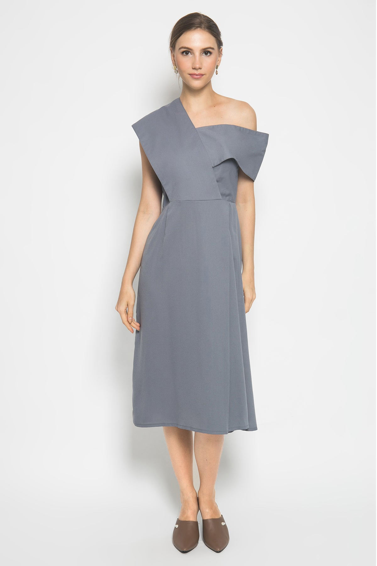 Kathe Dress in Grey