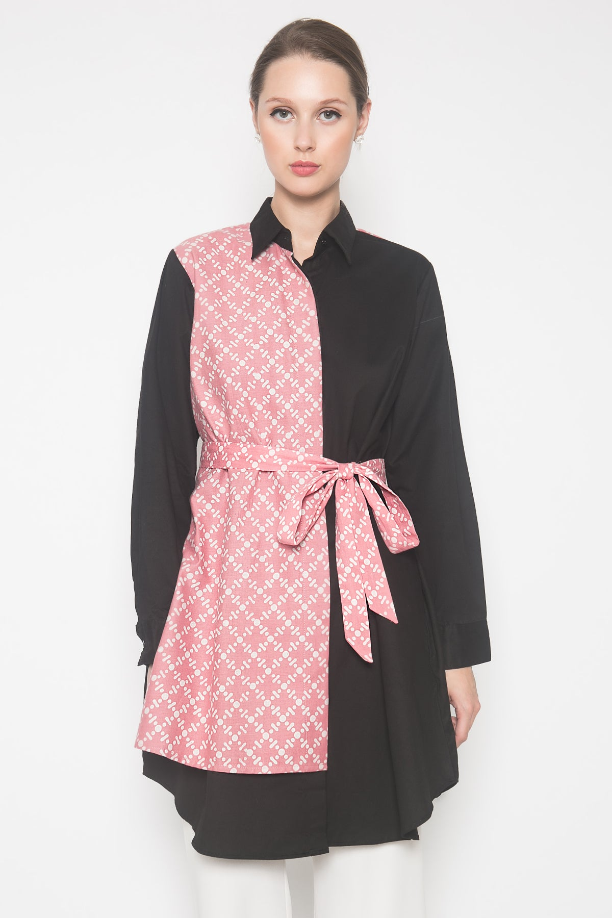 Amora Dress in Black Pink