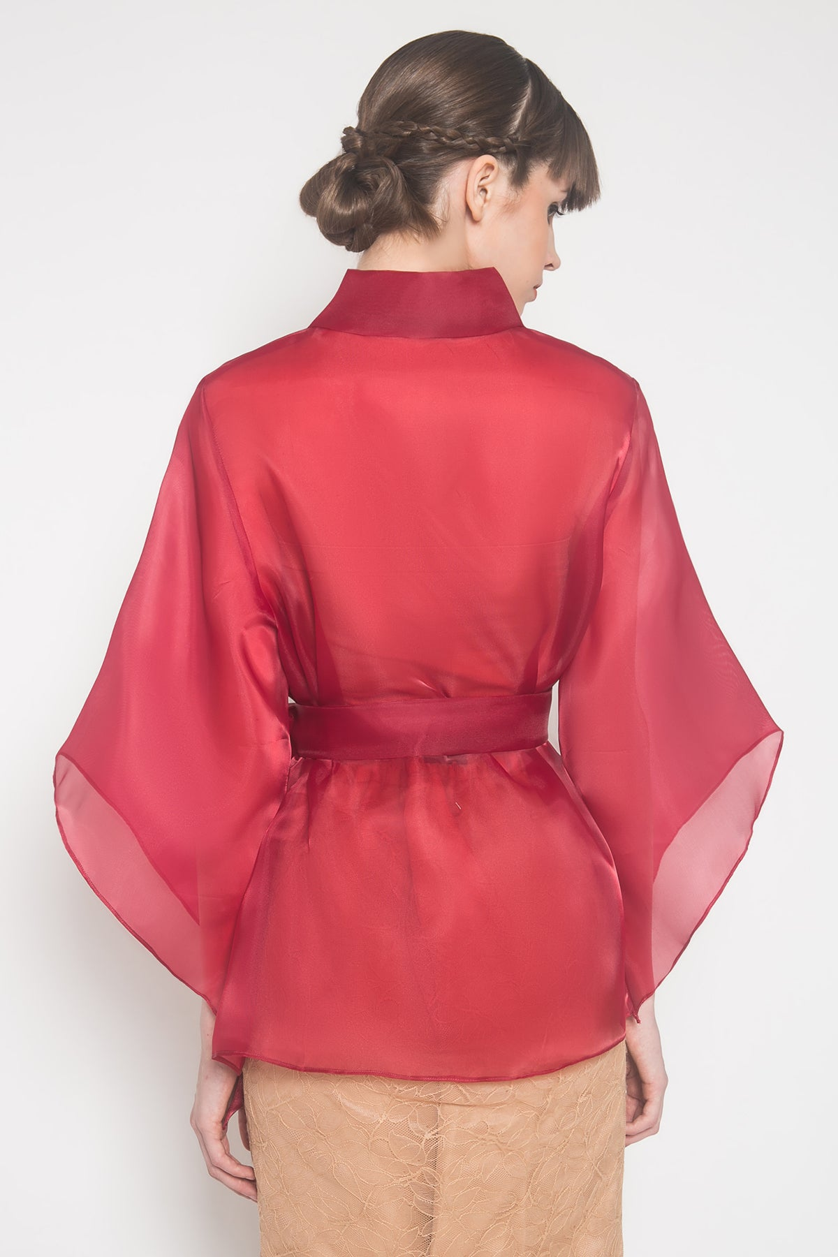 Marla Outer in Deep Red