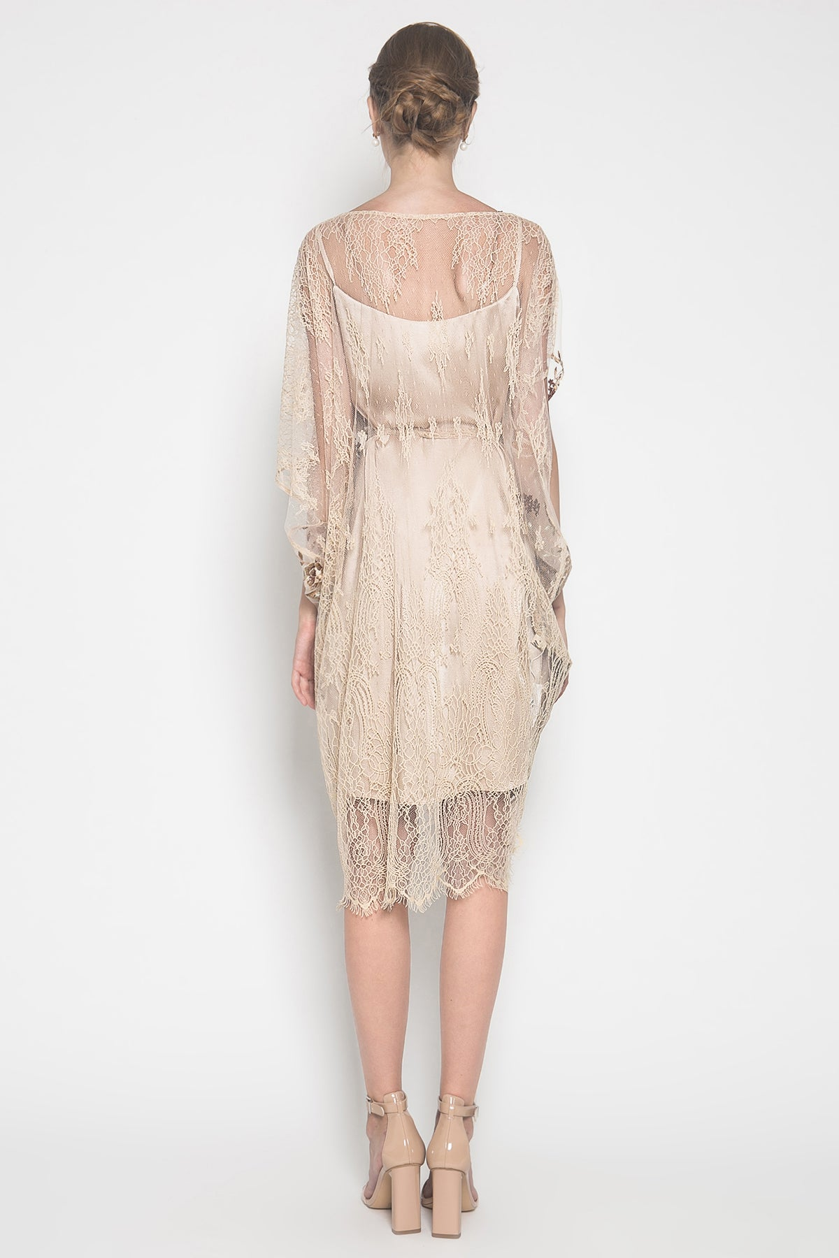 Sara Sabrina Dress in Beige