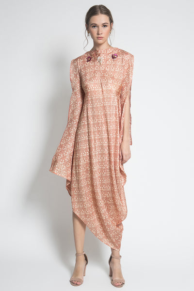 Kayen Areum Dress in Peach