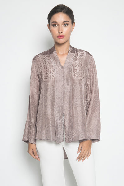 Larissa Duliar Andjani Kebaya Kutubaru in Dusty Purple