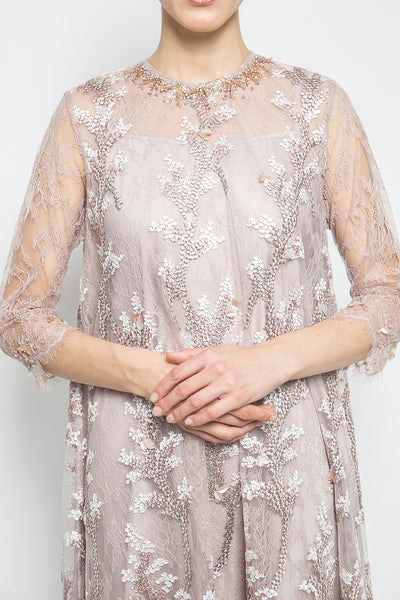 MYVB Atelier Éloïse Layered Lace Dress in Ash Rose