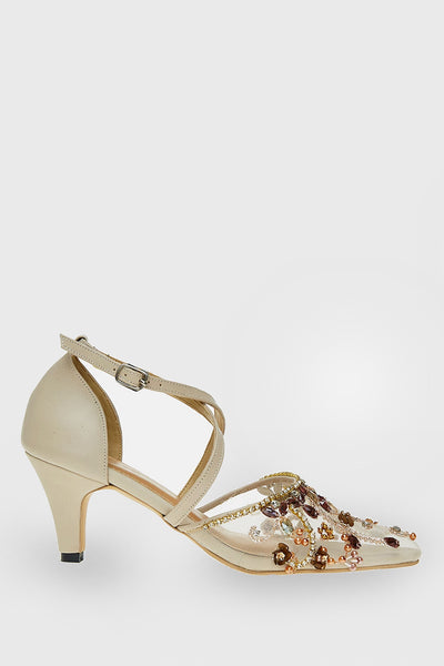 Yara Shoes in Nude Brown
