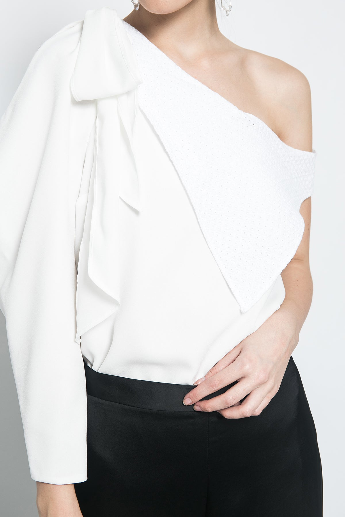 One Shoulder Lapel Top