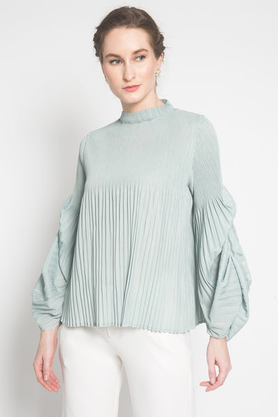 Aela Top in Pistachio
