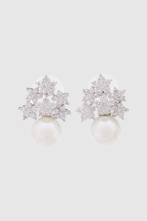 Vasella Posy Pearl Earrings in White
