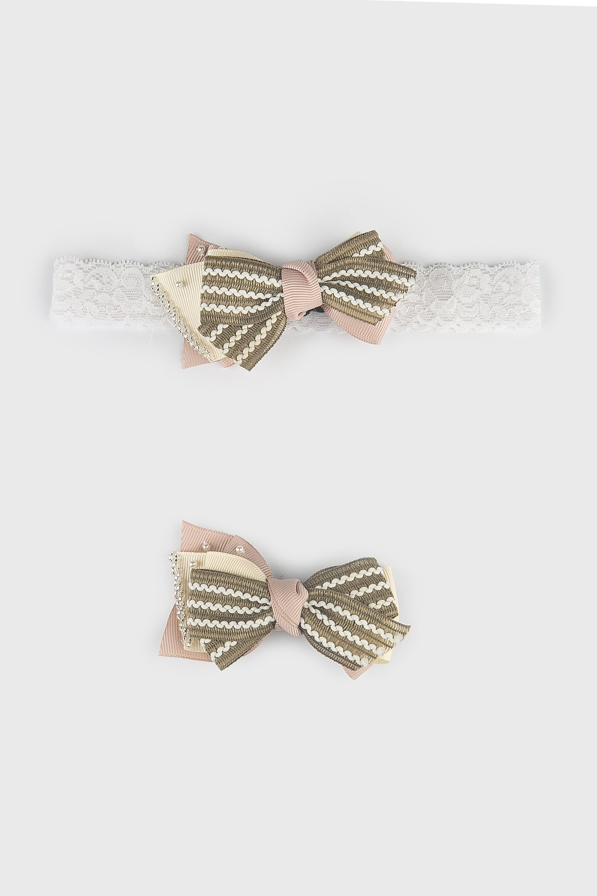 Brielle Small Bow in Sage Green