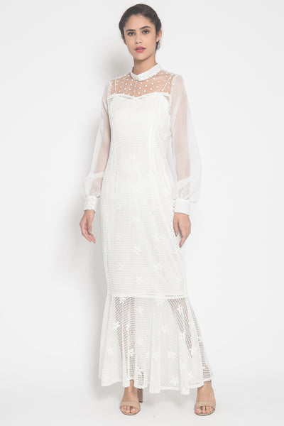 Ascarya Dress in White
