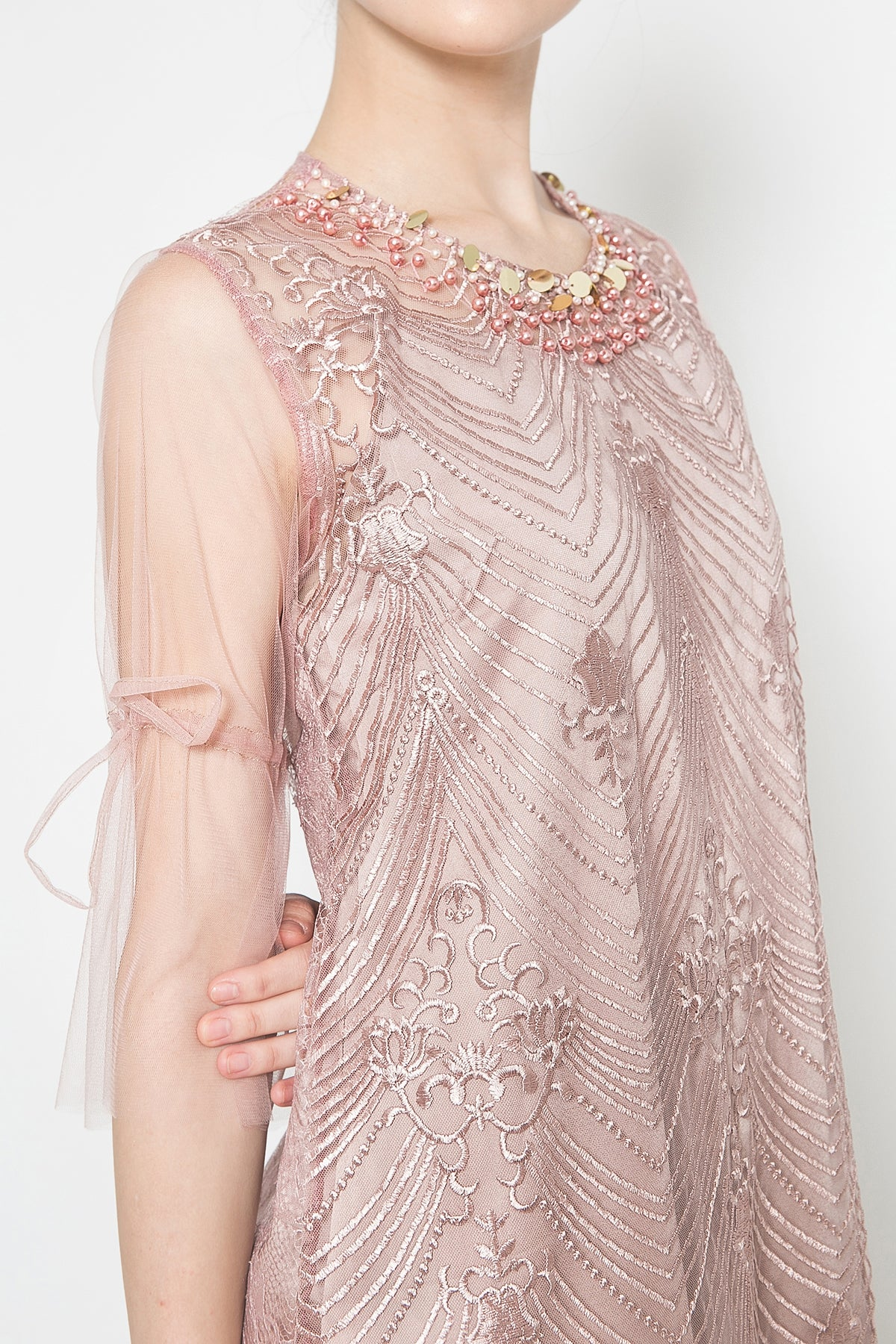 Qonita Dress in Dusty Pink