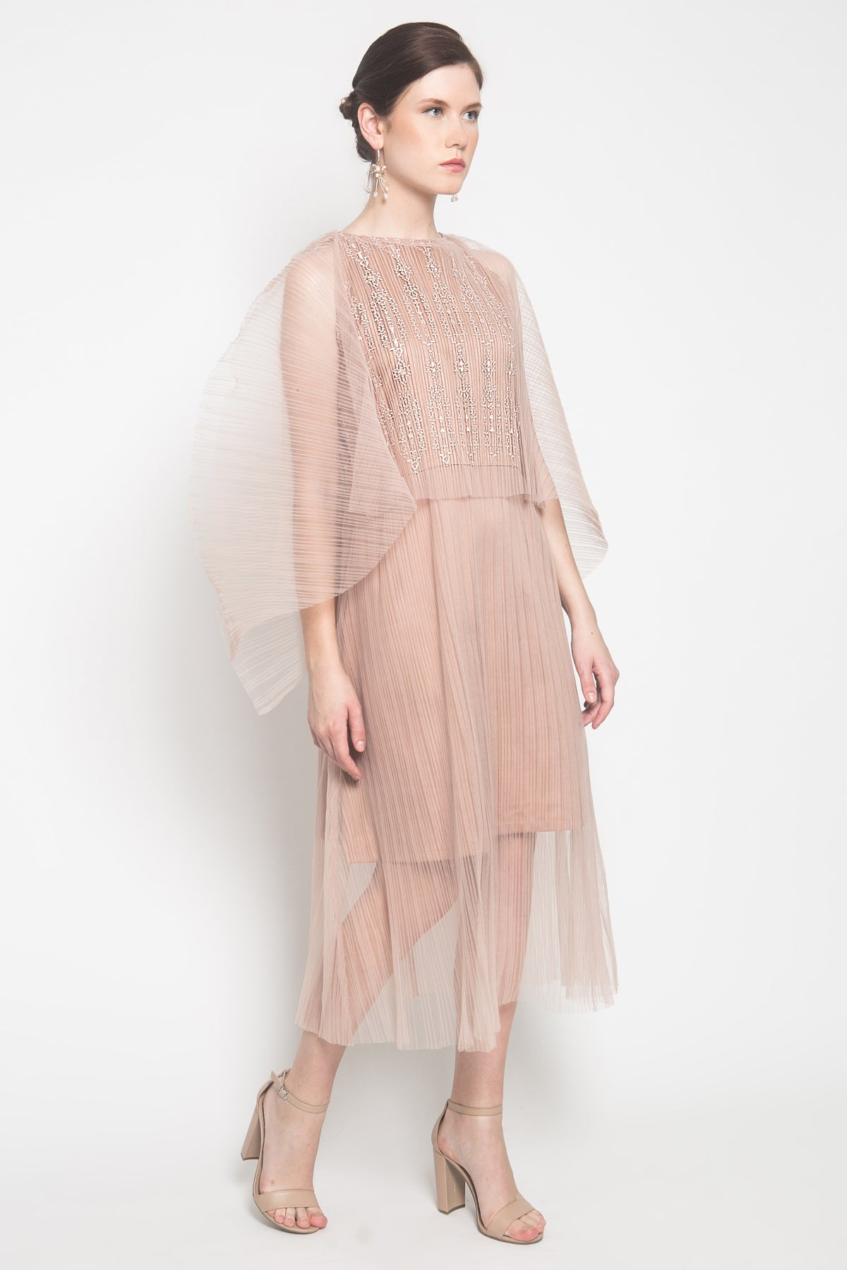 Dahayu Dress in Champagne