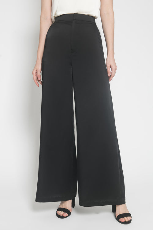 Basic Palazzo Pants in Black