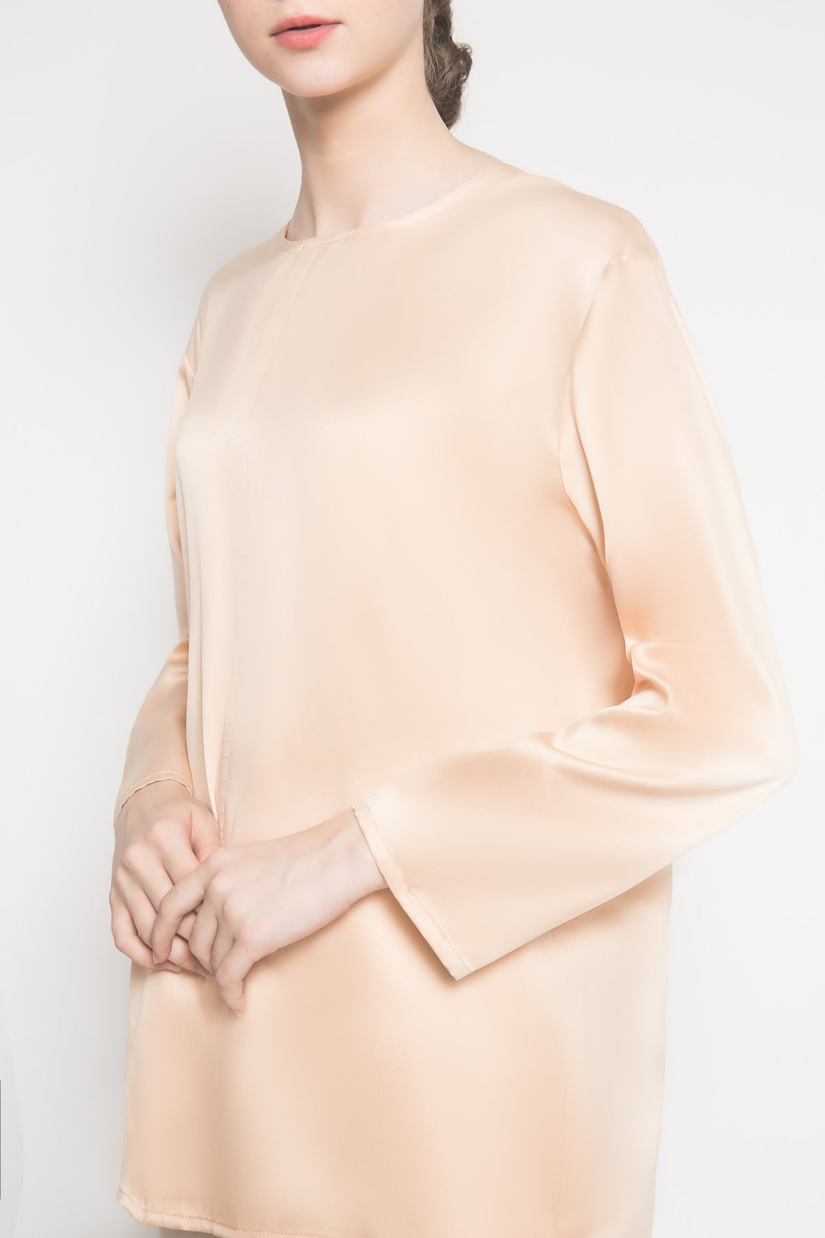 Long Sleeves Inner Top in Nude