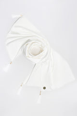 Versitas Shawl in White