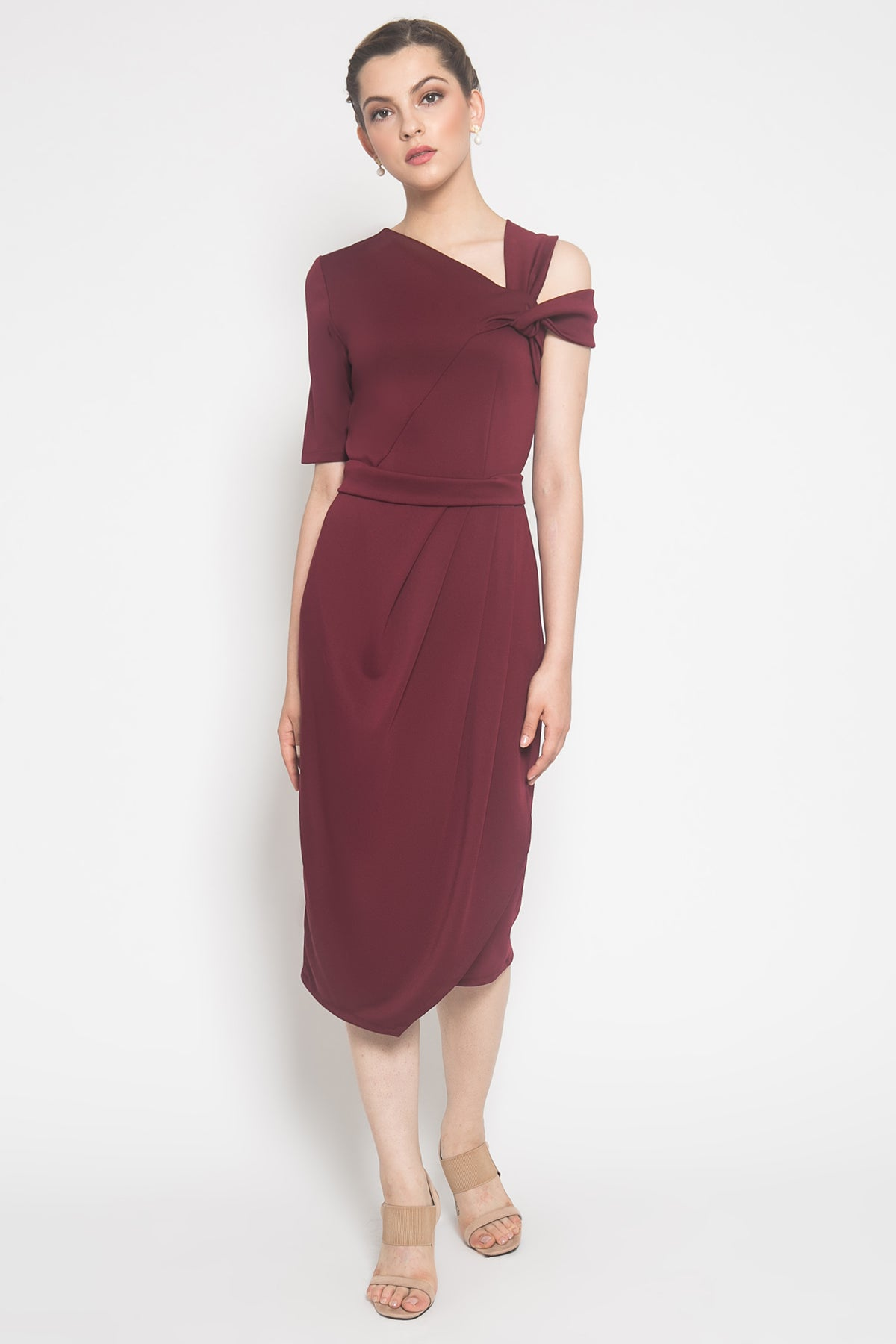 Carol Dress in Maroon