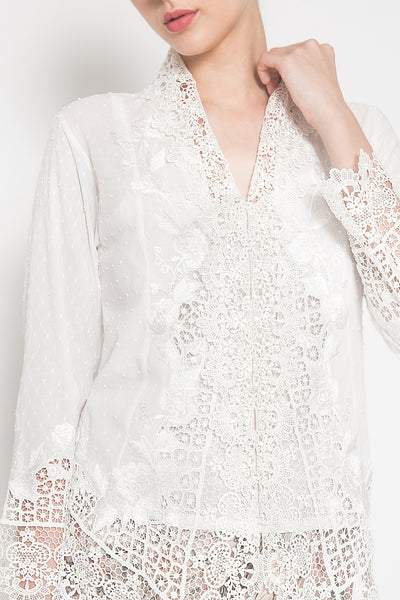 Liliane Kebaya in White