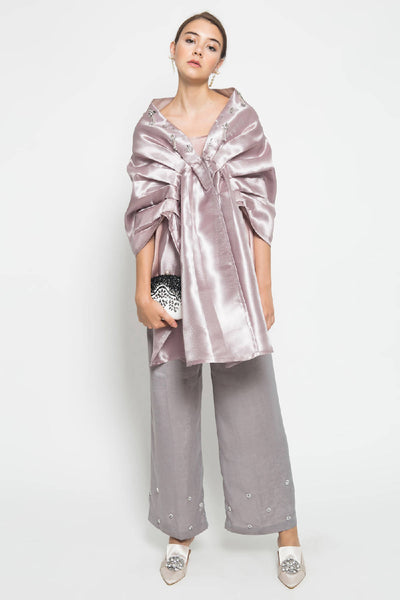 Waterlily Layered Outer in Purple Sand