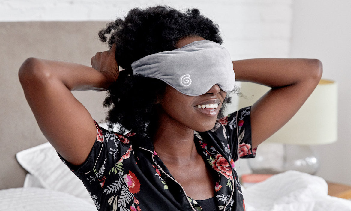HOW THE WEIGHTED SLEEP MASK WORKS