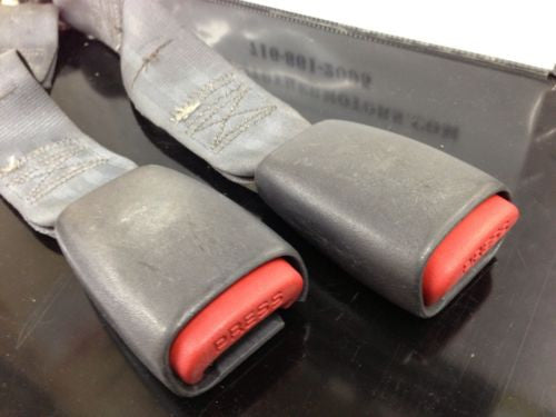 Jeep Wrangler TJ Rear Seat Belts Female Pair OEM Mopar Original 97-06 1997-06