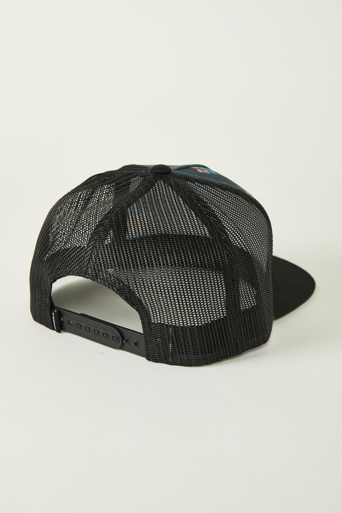 Concealed Trucker Hat | O'Neill Clothing USA