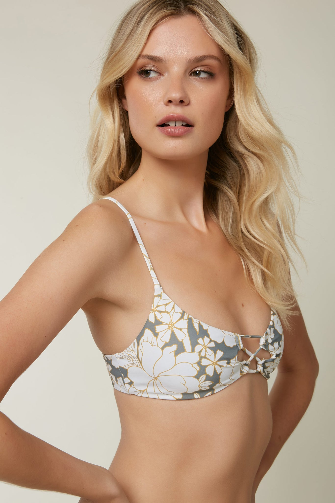 Embry Revo Bralette Top | O'Neill Clothing USA