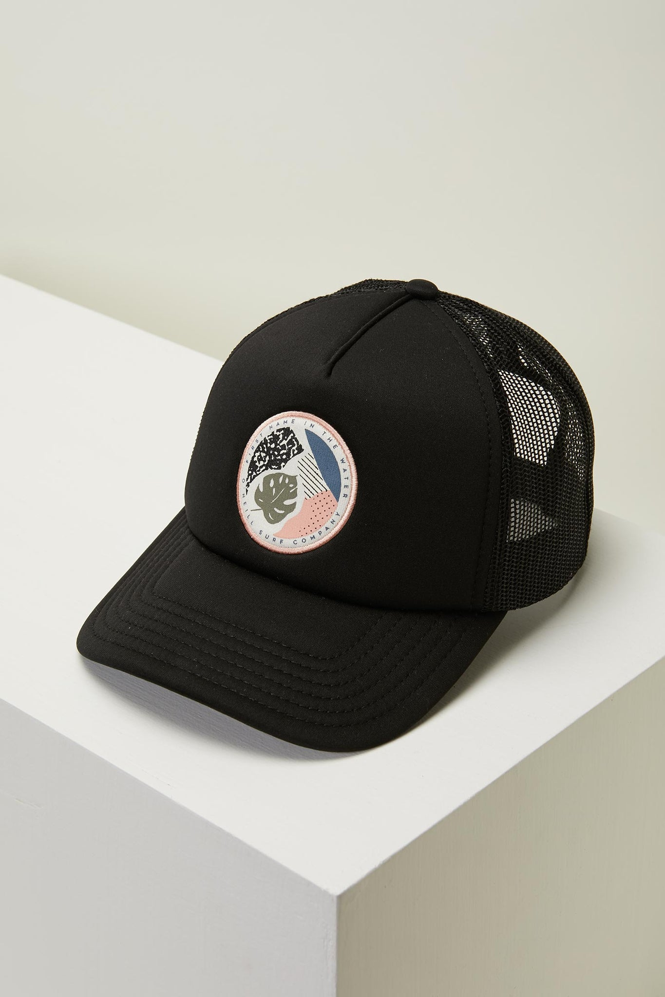 Glider Trucker Hat - Black | O'Neill