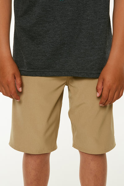 BOYS LOADED SOLID HYBRID SHORTS
