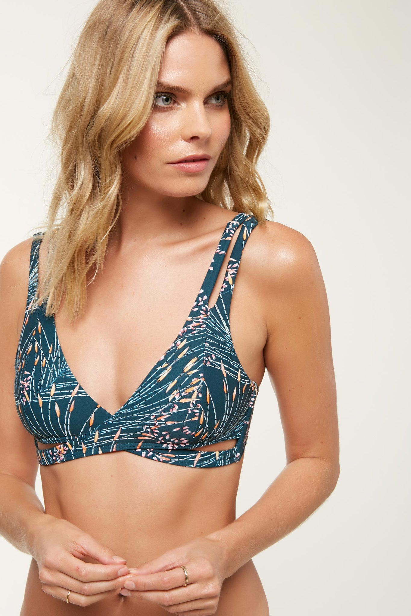 Prism Active Top - Pacific Teal | O'Neill