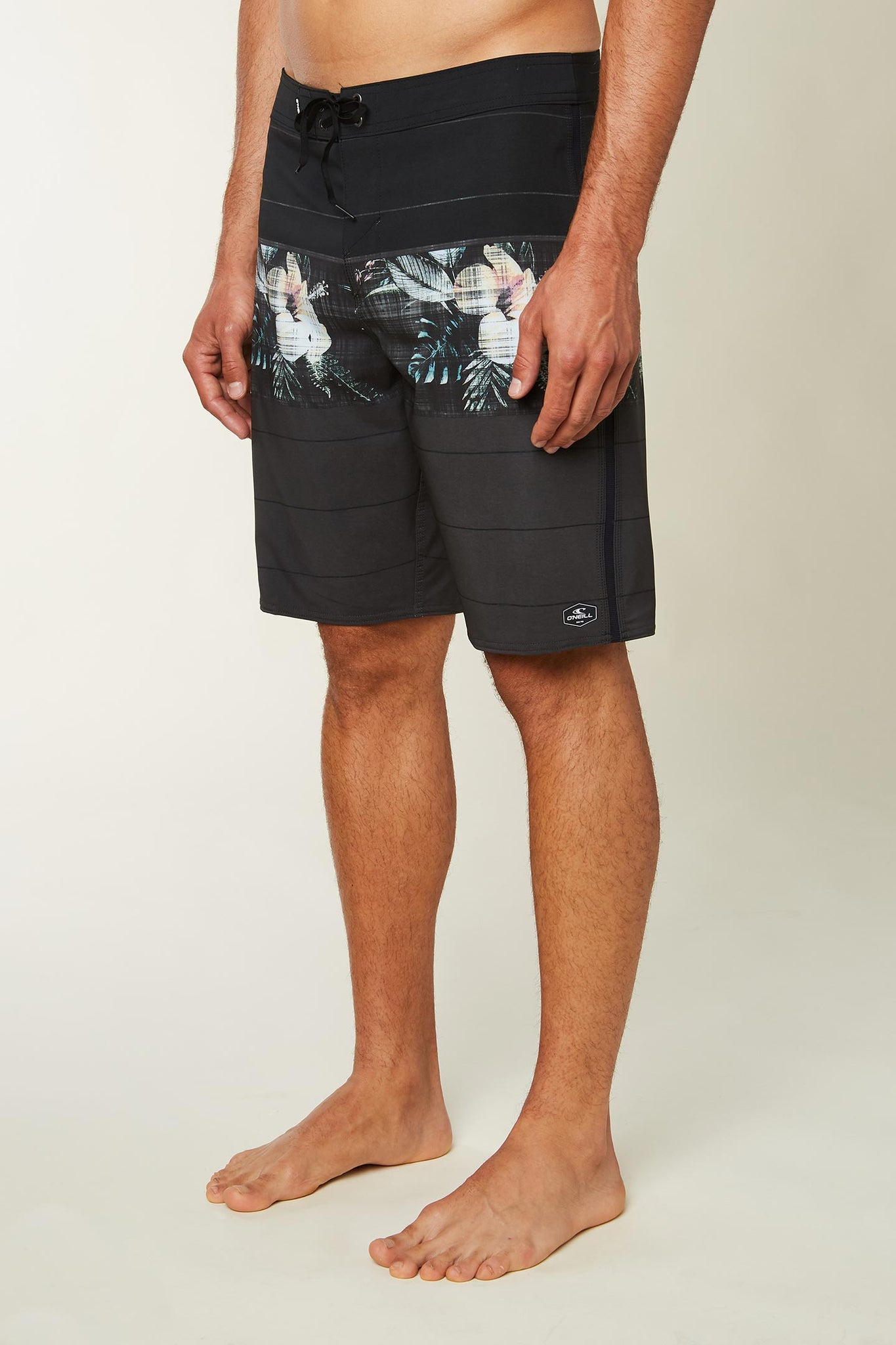 Superfreak Fiori Boardshorts - Black | O'Neill