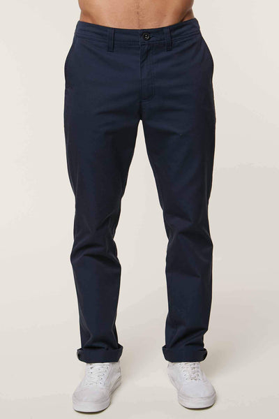 THE STANDARD CHINO PANTS