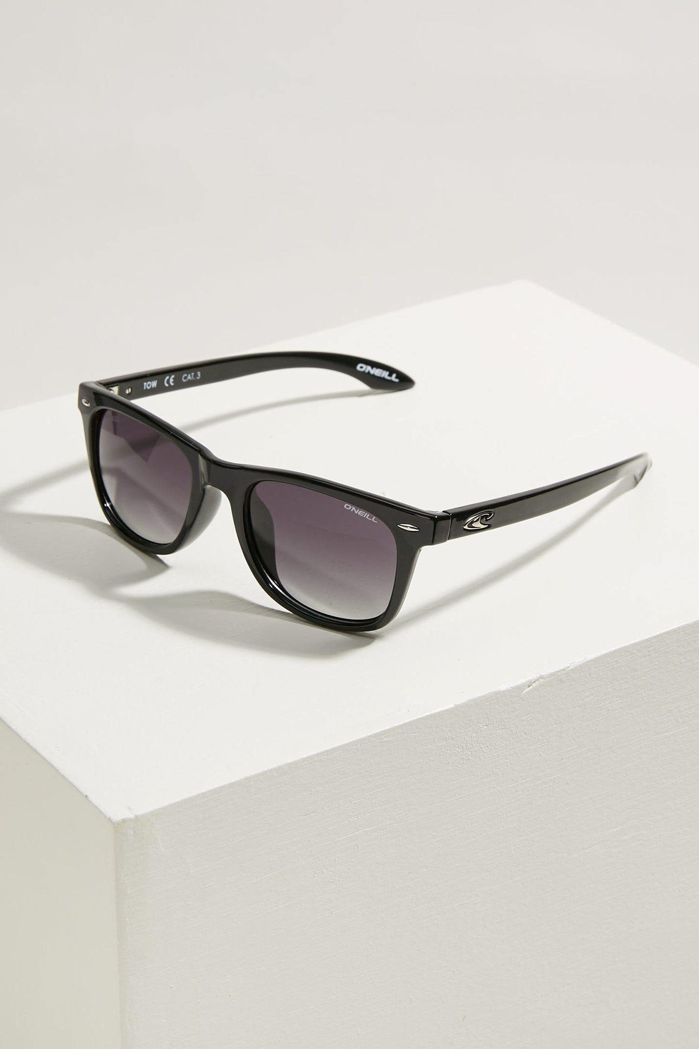 Tow Sunglasses - Black | O'Neill