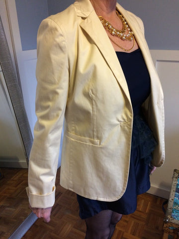 Tribute Cream Blazer - Le Prix Fashion & Consulting
