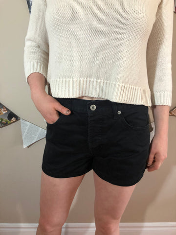 GAP Black Midrise Button Up Cotton Shorts - Le Prix Fashion & Consulting