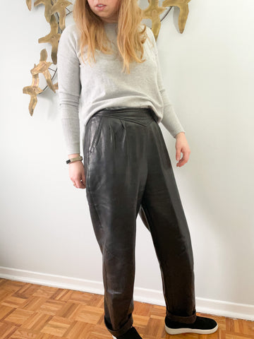 Danier Vintage Genuine Leather High Rise Wide Leg Tapered Leather Pants - Vintage 12 (Medium)