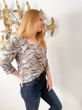 Taupe and Blue Graphic Square Neck 3/4 Sleeve Stretchy Top - M/L