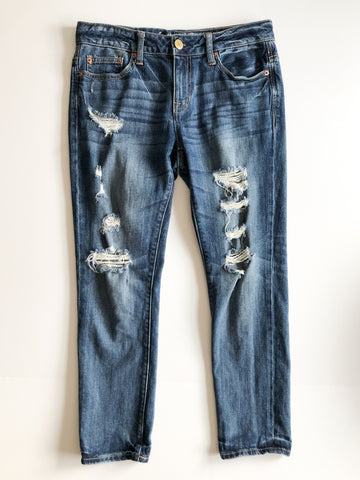 American Eagle Tomgirl Distressed Slouchy High Rise Jeans - S/M